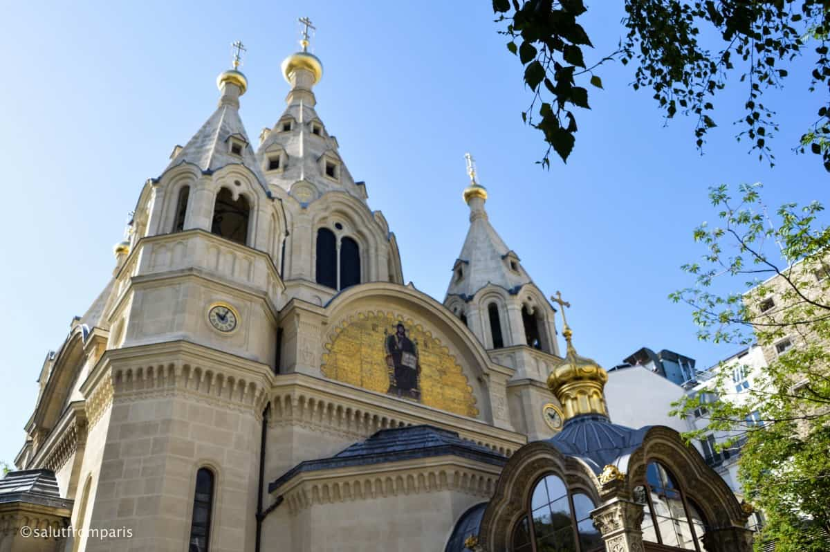 Alexander Nevsky Cathedral near Parc Monceau - take our walking tour and take a selfguided walking tour through an area of Paris that only sees a few tourists