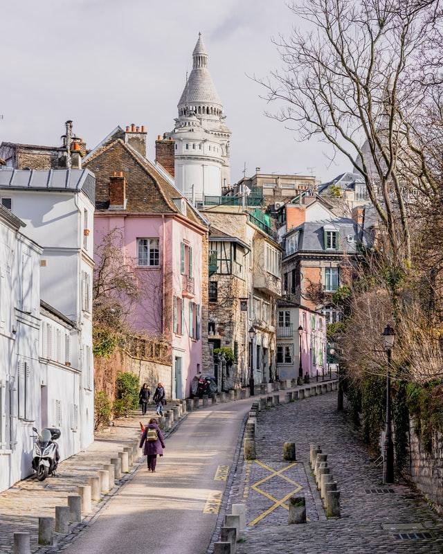 Rue de l'Abreuvoir - supposedly the nicest street in Paris