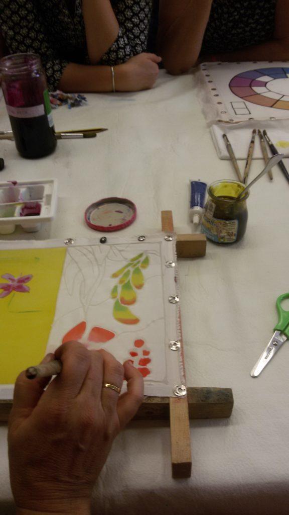 Pintando seda con pigmentos orgánicos
