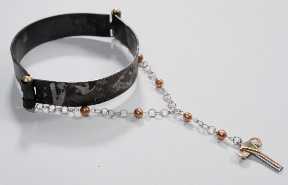 Shackle restraint necklace S&M