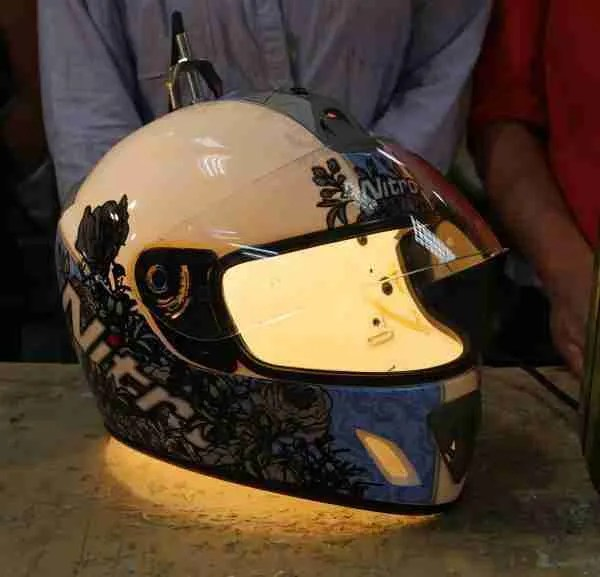 make a helmet into a lamp