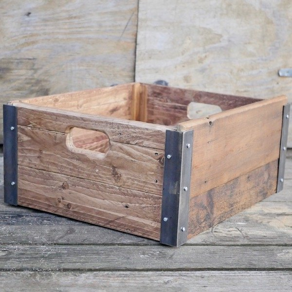 How to make a wooden storage crate