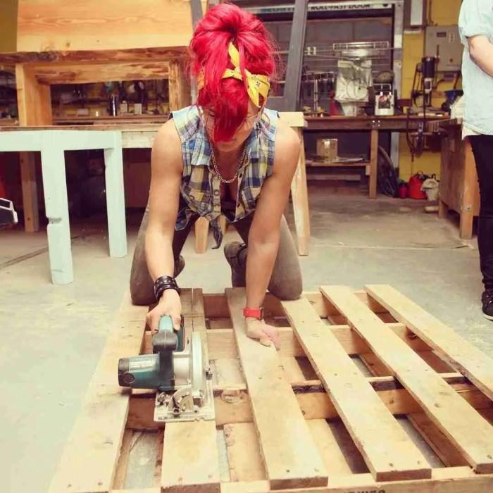 learn to use a circular saw