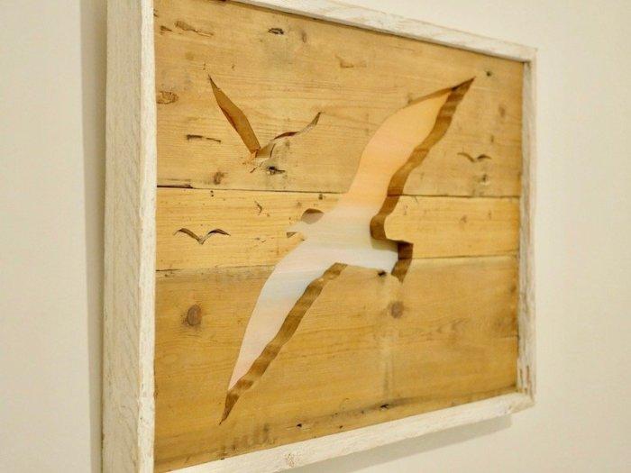 Seagull silhouette wooden artwork