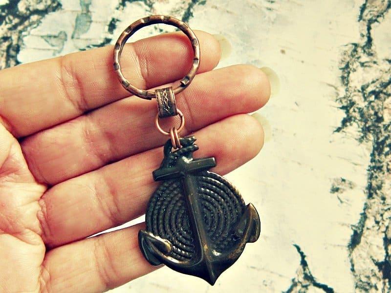 anchor keychain