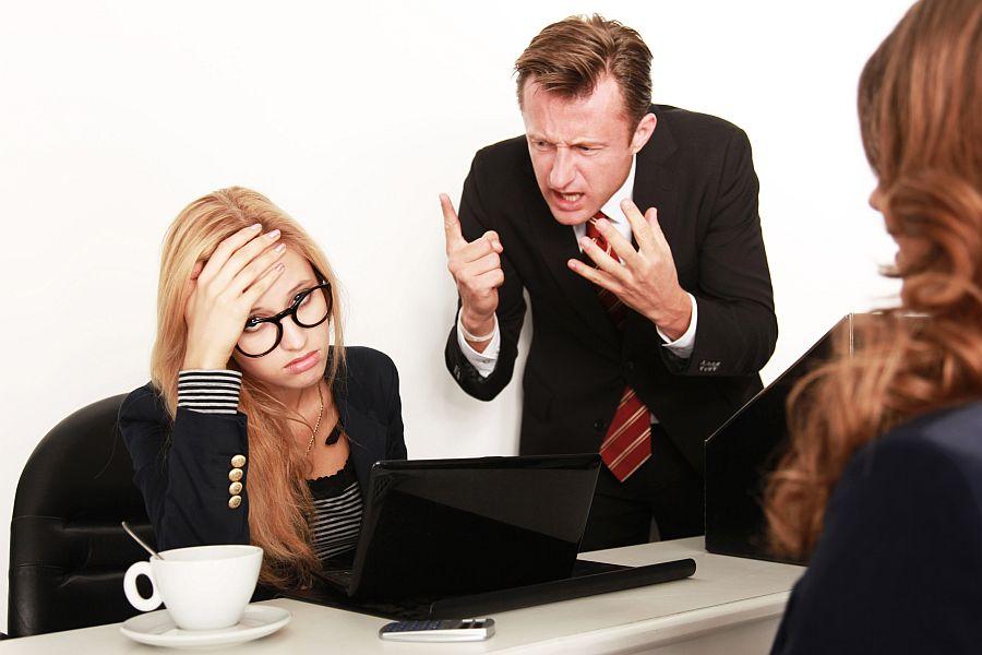 Rimproveri del datore di lavoro: no ai maltrattamenti