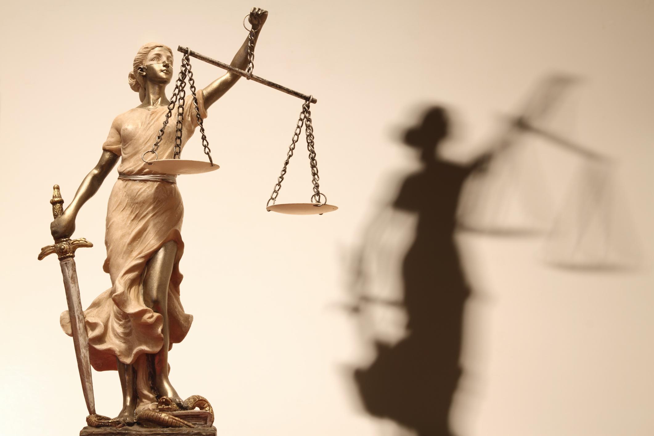 """L'incomprensibile impossibilità del """"simultaneus processus"""" in caso di separazione e divorzio"""