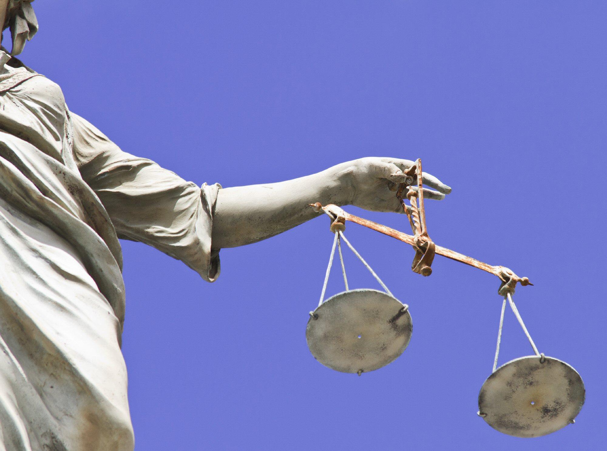 L'istanza per il gratuito patrocinio può essere depositata sino alla definizione della fase processuale