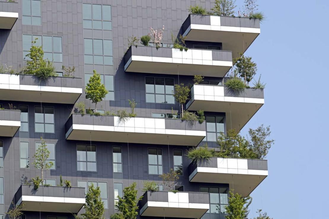 La manutenzione dei balconi, chi paga in condominio | Salvis Juribus