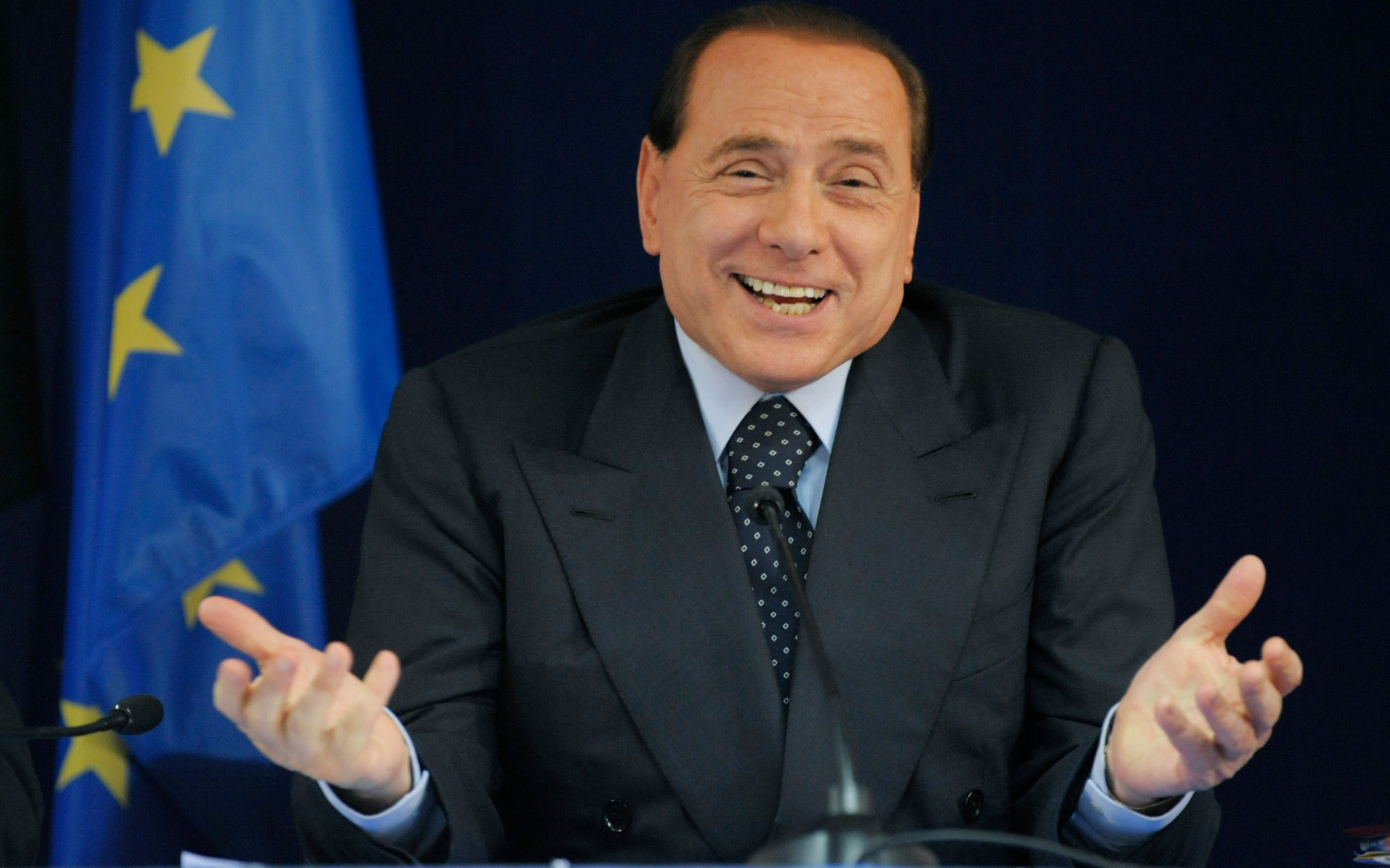Berlusconi v. Italy: intention to relinquish jurisdiction in favour of the Grand Chamber