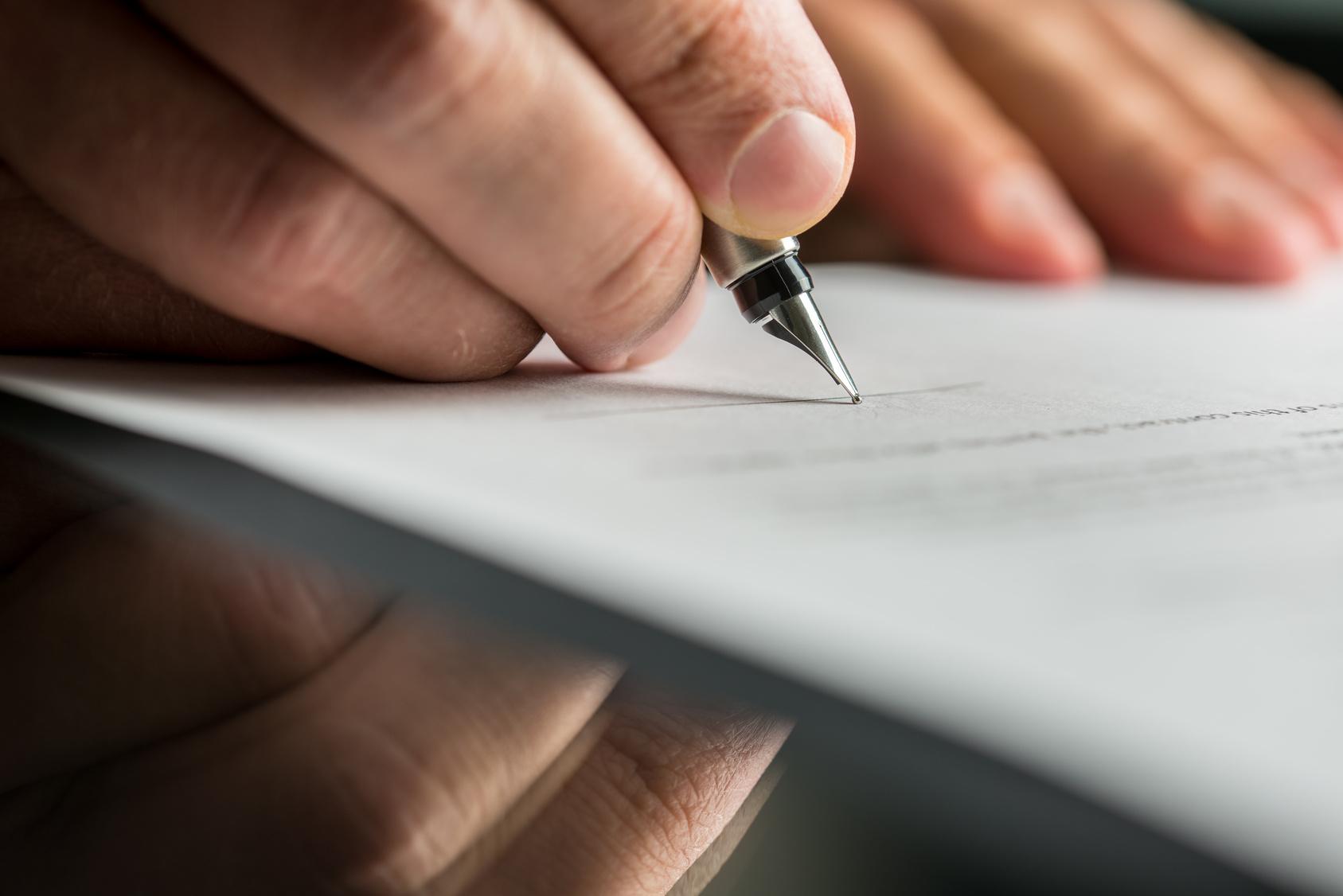 """La """"riserva di nomina"""" e la trascrizione del contratto per persona da nominare"""