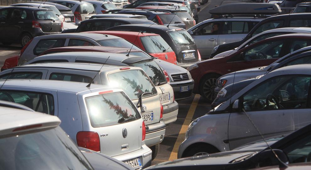 """Parcheggio """"troppo vicino"""": quali conseguenze?"""