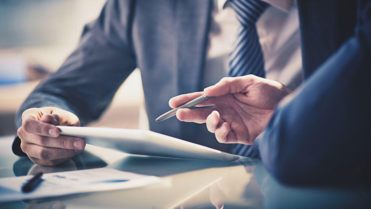 Abusivismo finanziario: cos'è e quali rischi e pene comporta