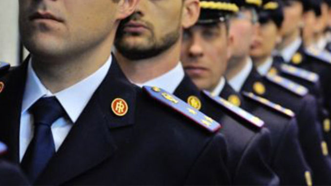 Concorso 120 Commissari Polizia: sbagliato il limite d'età di 30 anni, via al ricorso collettivo