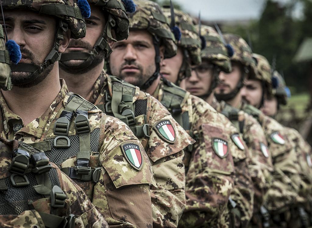 Naja obbligatoria, legittima o incostituzionalità all'italiana?