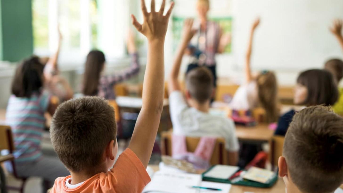 Alunno ferito a scuola: chi è responsabile? E per quali danni?