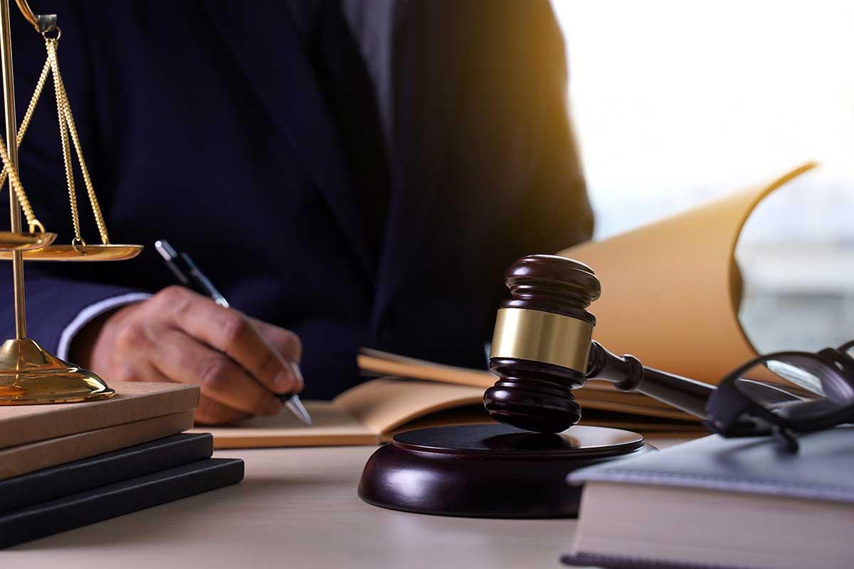 Indagini difensive: la conduzione dell'intervista e i doveri del difensore