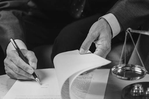 Occultamento e distruzione di documenti contabili: le condotte sanzionate e i termini di prescrizione