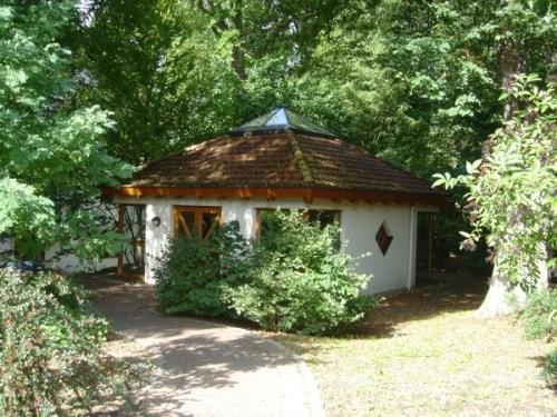 01-Brunnenhaus