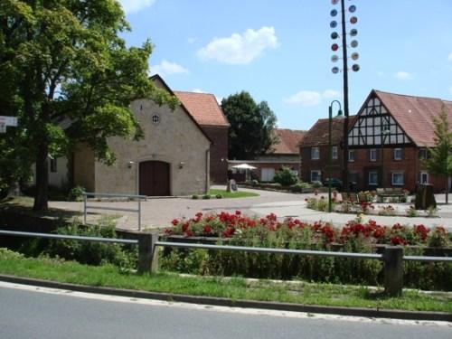 07-Dorfplatz