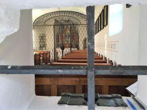 Blick ins Innere der Kapelle am Gahberg