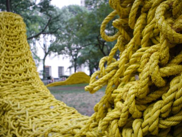 park_yellow_close