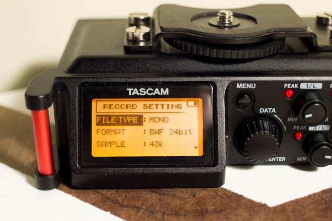 Tascam DR-70D screen