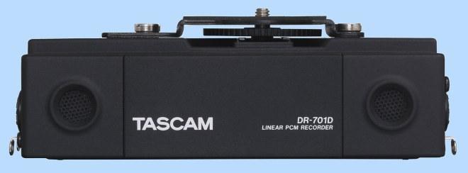 Built-in mics on the Tascam DR-701D