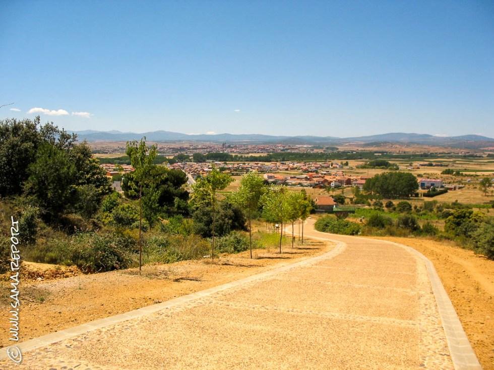 Ein schöner Weg hinunter nach Astorga