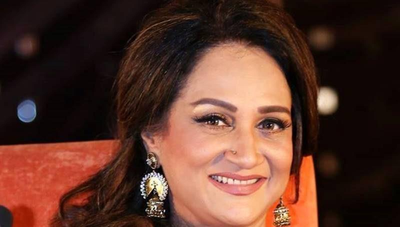 Photo of Did Bushra Ansari simply name drama critics 'corona'? | SAMAA