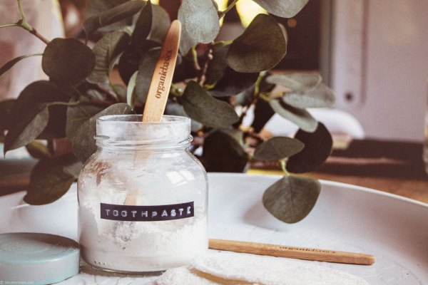 Bare Necessities. How To Make Your Own Natural Toothpaste. (Vegan)