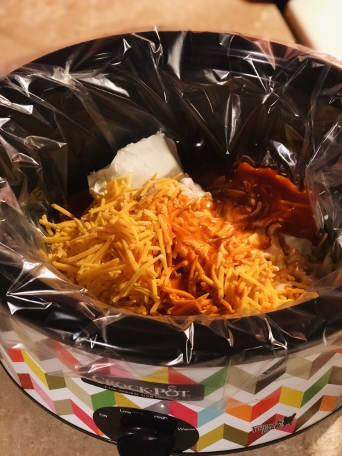 Samantha Marie Blog - Easy Crock Pot Buffalo Chicken Dip