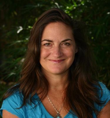 Samantha M Clark