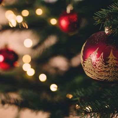 Harmonious Arrangements During Christmas