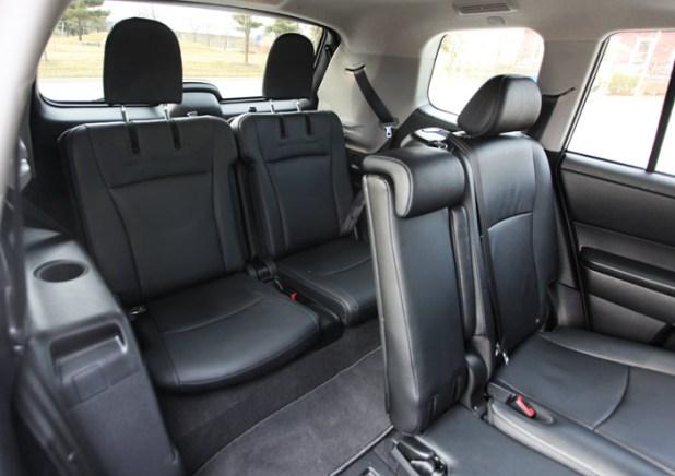 2007 toyota highlander seating capacity. Black Bedroom Furniture Sets. Home Design Ideas
