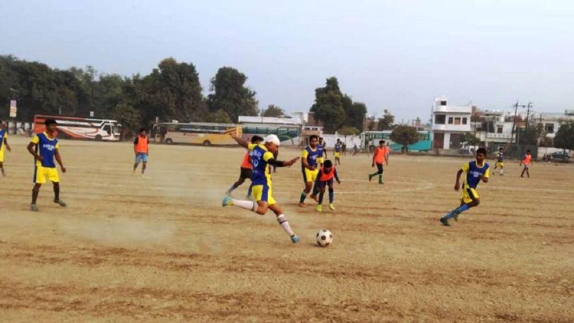 Banda beat Mahoba team 5-3 in football