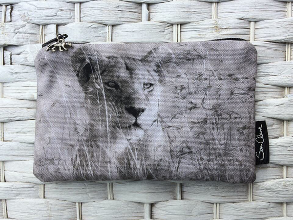 Lioness Kidogo (little) Purse