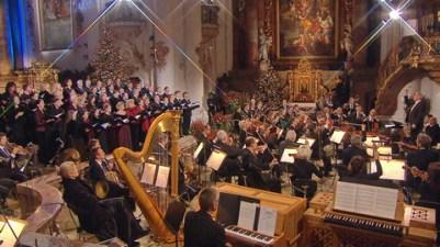 Chor des Bayerischen Rundfunks und das Rundfunkorchester.