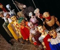 Mozart_Marionetten-Ensemble_a
