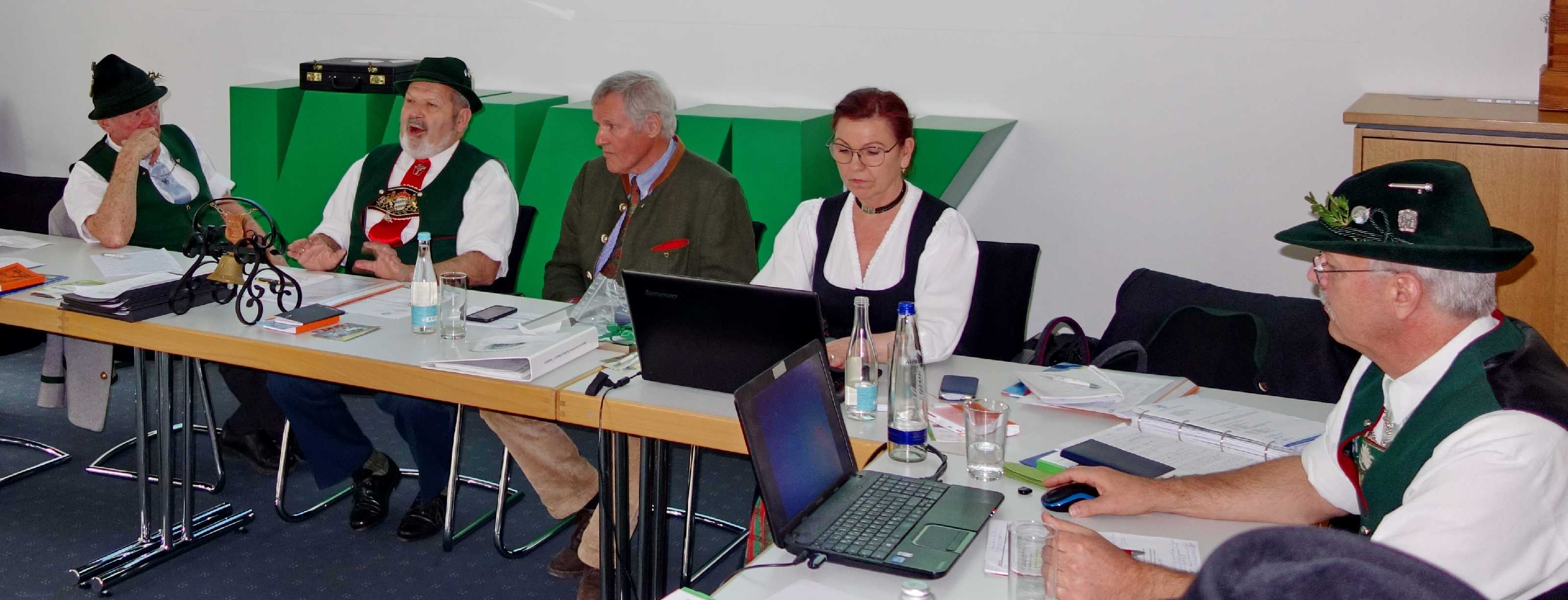 Tagungs-Dialog mit Landes-Schriftführerin Hildegard Hofmann