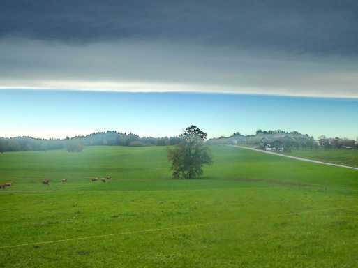 kl-Stetten Wolken gerade. 2