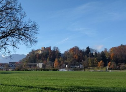 Neubeuern mit Schloss