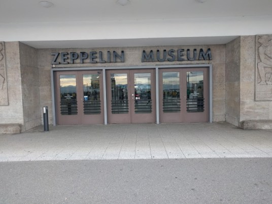 Museumseingang am Hafen