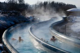 kl-Chiemgau Thermen_Strömungskanal_Winter