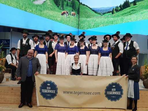 Oberlandler Trachtler in Berlin (3)