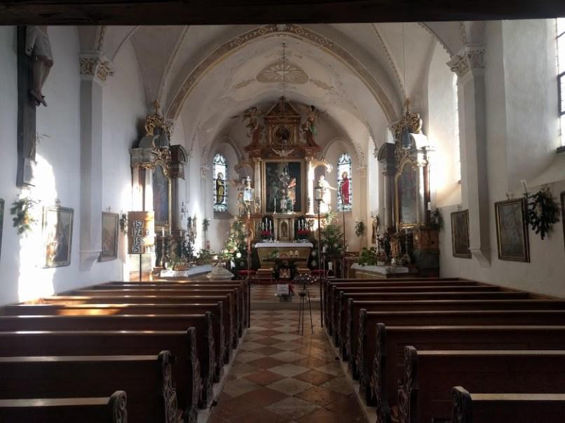 in der Kirche Steinkirchen