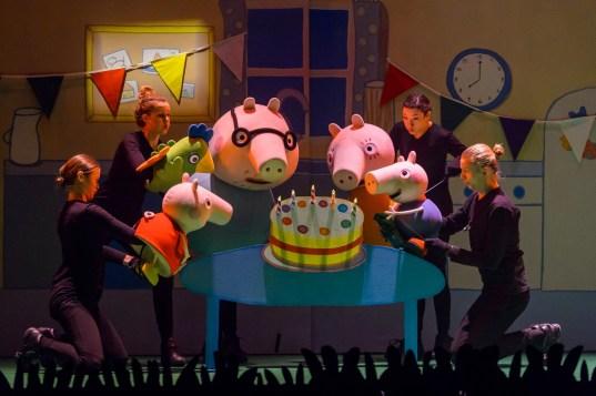 Peppa Pig Live - Die Ueberraschungsparty 002k_Copyright_TheateraufTour_Fotograf_Wim Lanser (1)