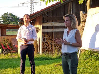 MdB Daniela Ludwig und Bürgermeister Christoph Vodermaier.