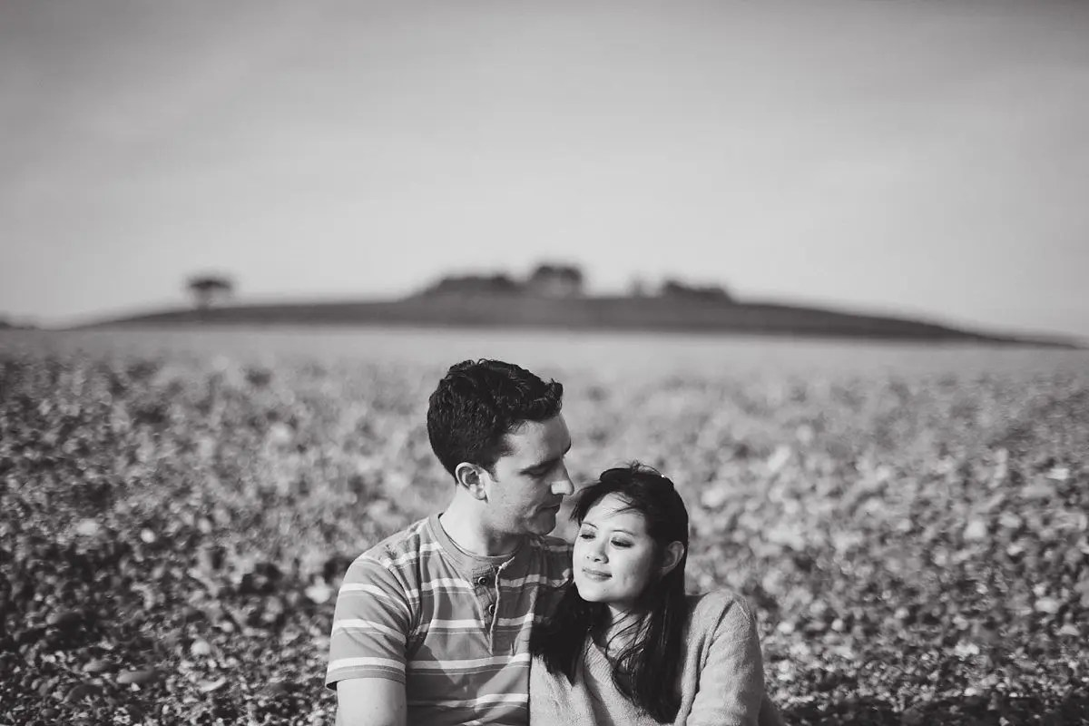 chesil-beach-engagement-photos-017