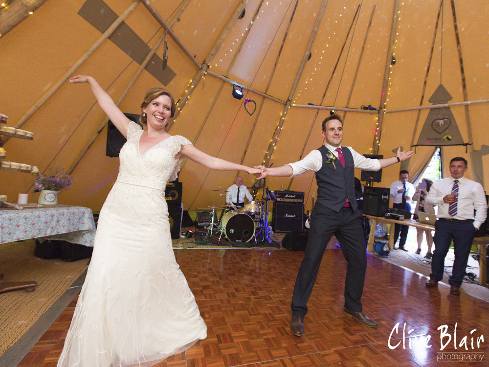 First Dance - Sami Tipi Wedding captured by Clive Blair